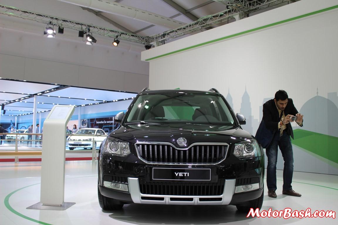 New-Skoda-Yeti-facelift-pics-front