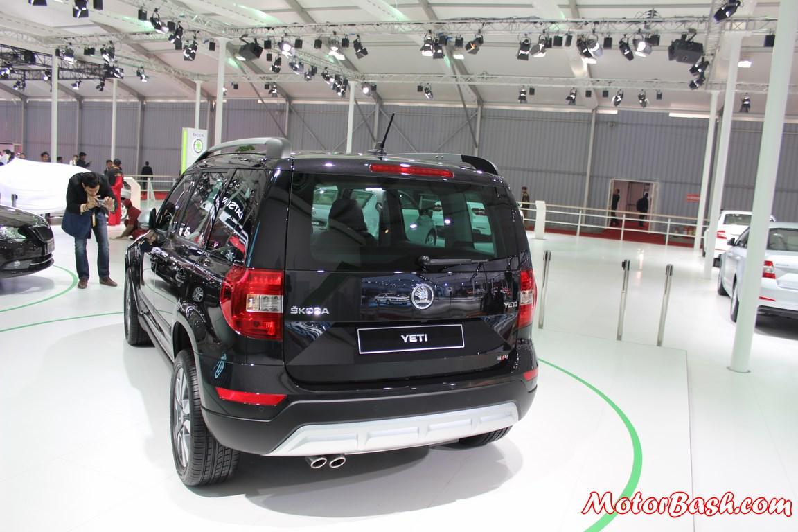 New-Skoda-Yeti-facelift-pics-rear