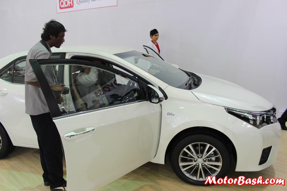 Auto Expo: Toyota Unveils New Gen Corolla Altis; Interior Pics ...