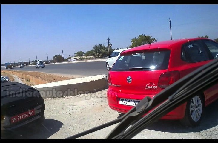new-2015-i20-spied-with-polo-swift