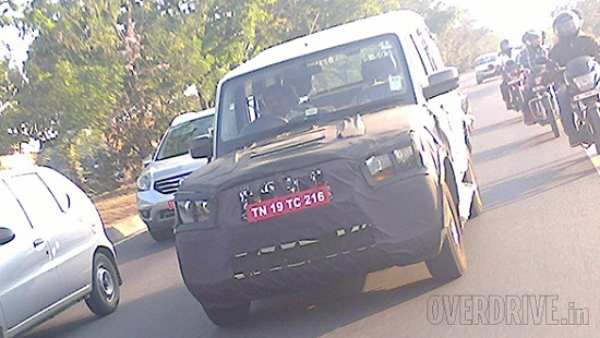 2014-Mahindra-Scorpio-Facelift-Spy-Pics-front