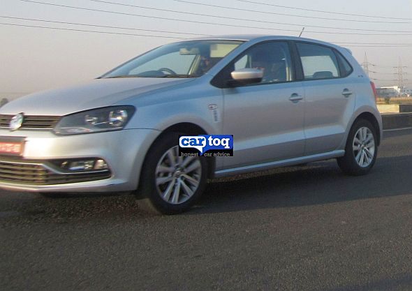 2014-Polo-Facelift-spy-pics-india (2)