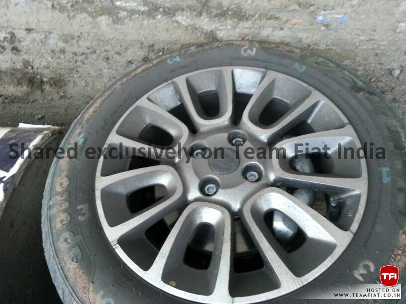 2014-Punto-facelift-alloy-wheels