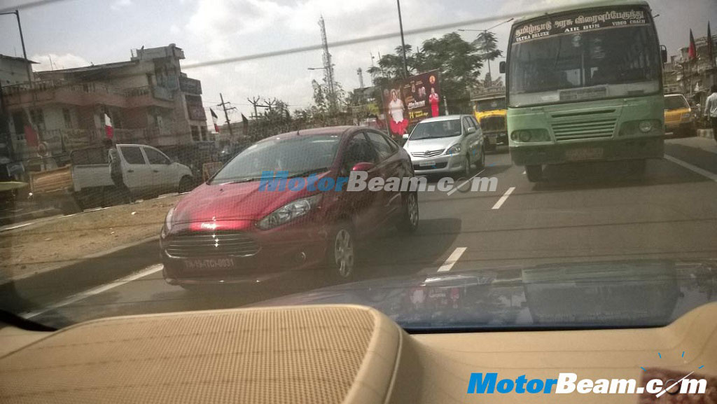 2014-ford-fiesta-facelift-spy-pic-launch (2)