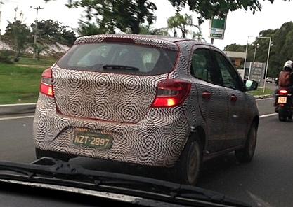 2015-Ford-ka-next-gen-figo-spy-pics (1)