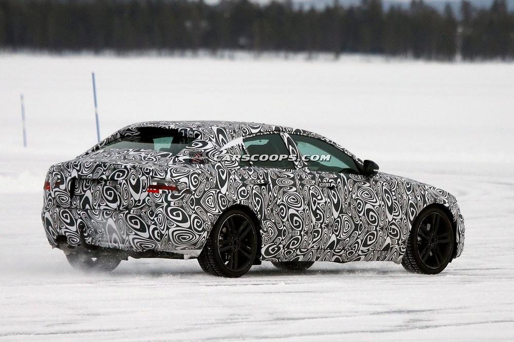 2015-Jaguar-XE-Spy-Pic (2)
