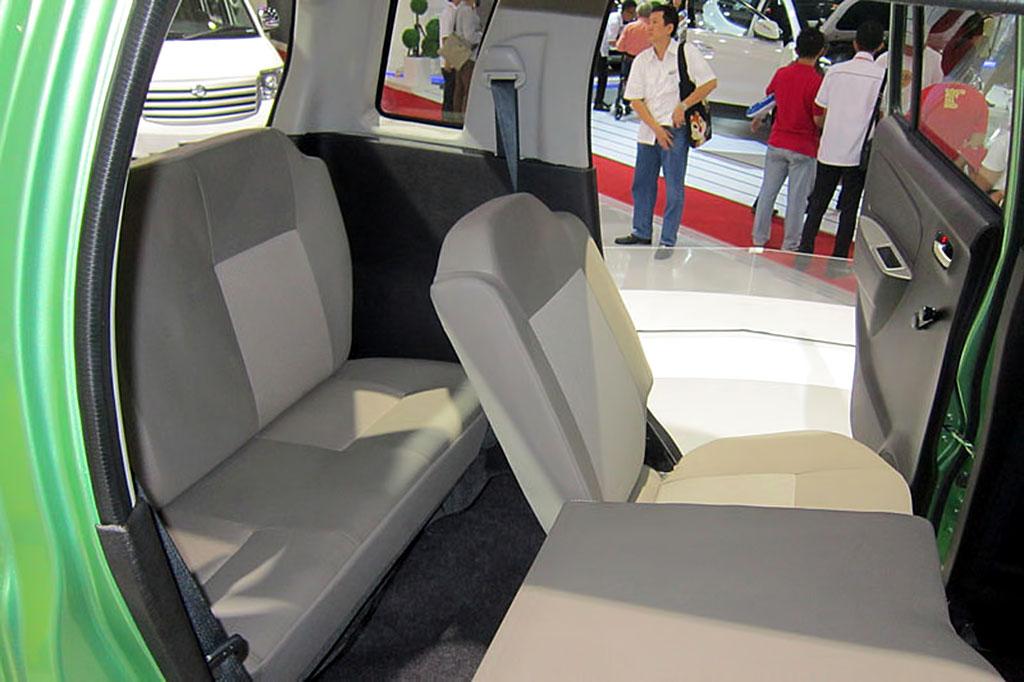 Suzuki-Wagon-R-7-seater-MPV-Third-Row-Seats