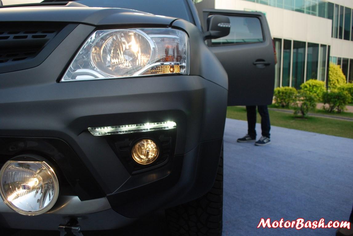 Tata-Xenon-Tuff-Truck-Pics-foglamps