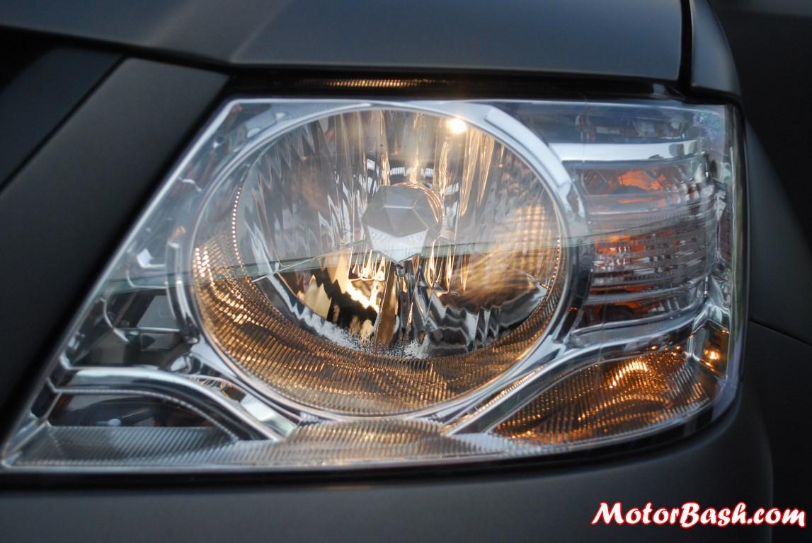 Tata-Xenon-Tuff-Truck-Pics-headlamps