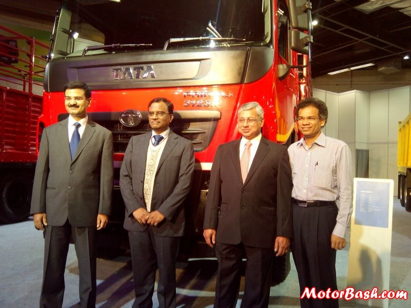 Tata-prima-lx-launch (3)