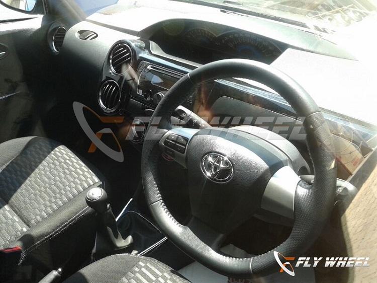 Toyota-Etios-Cross-Pic-Interior