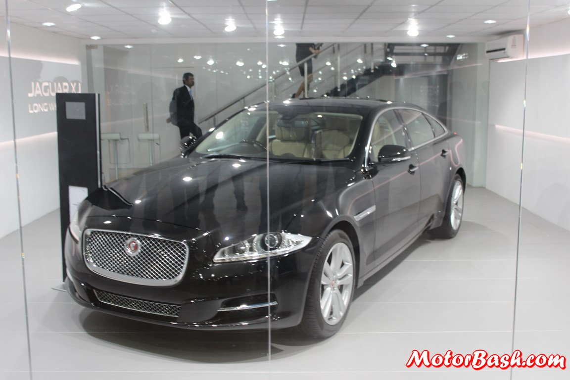 2014-Jaguar-XJ-Long-Wheelbase