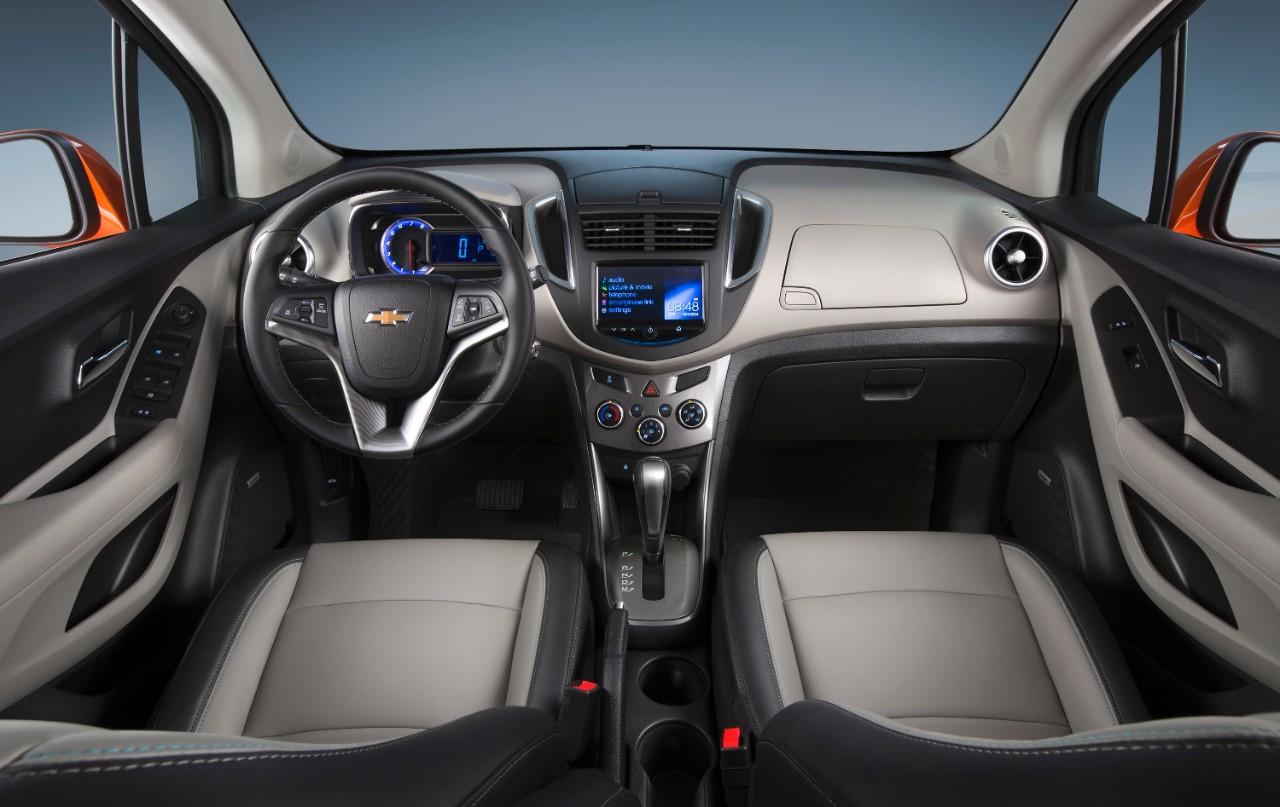2015-Chevrolet-Trax-America-Pics-Interiors