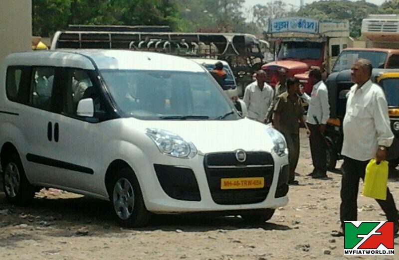 Fiat-Doblo-Spy-Pic-India (1)