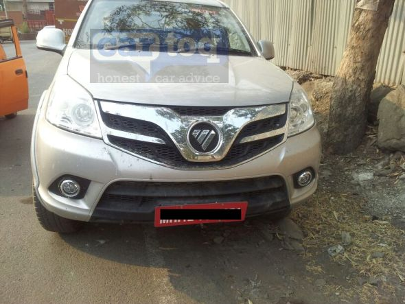 Foton-Tunland-Pickup-Spy-Pic-India-front