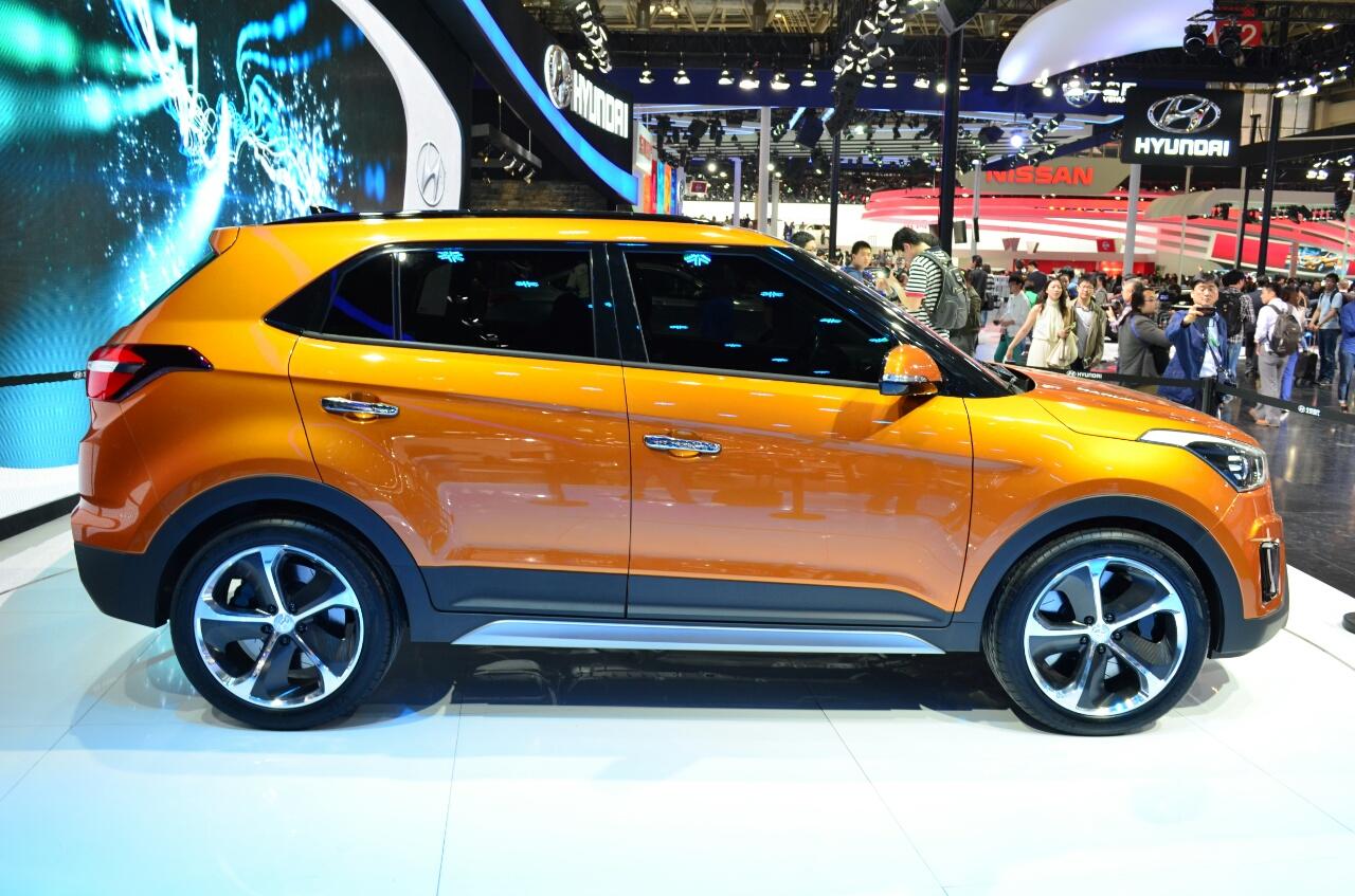 Hyundai-ix25-SUV-China-show-pics-sides