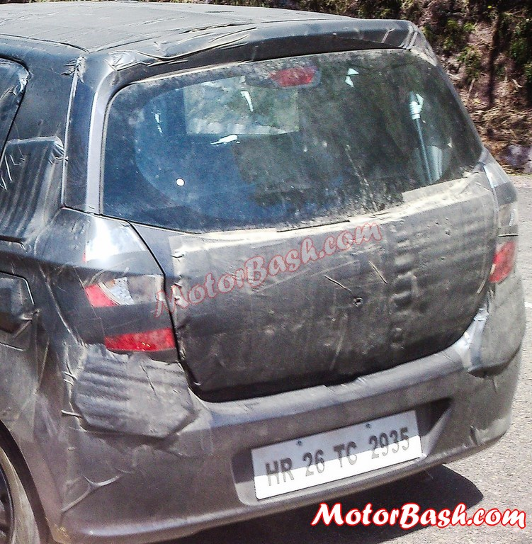 2014-Alto-K10-Facelift-Spy-Pics-Rear (1)