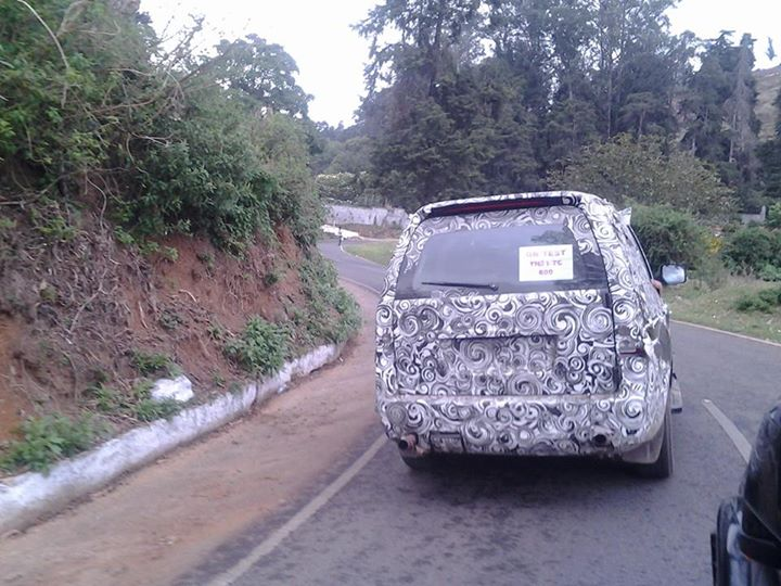 2015-Tata-Safari-Storme-150PS-Spy-Pics (2)