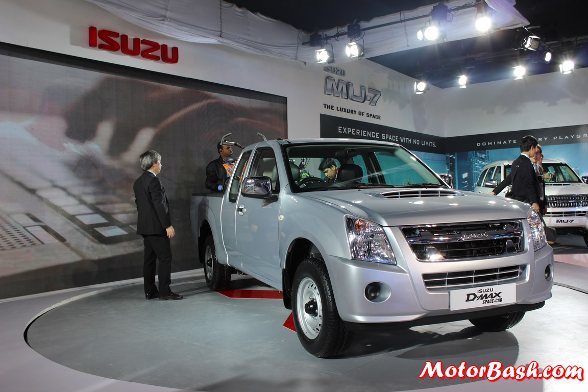 Isuzu-DMAX-Space-Cab-India (1)