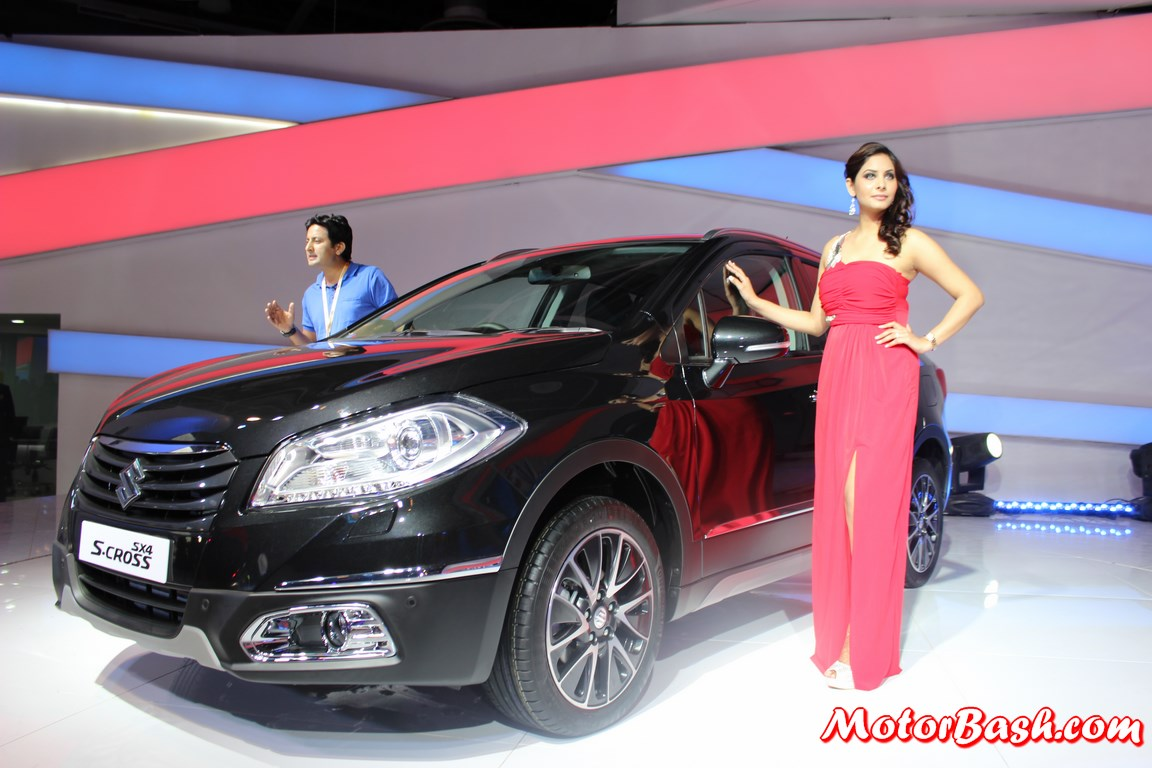 Maruti s plans upgraded swift sx4 crossover and an 800cc diesel - Maruti Suzuki S Cross Pic