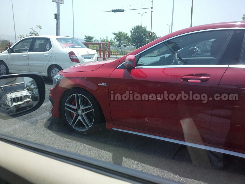 Mercedes-CLA-45-AMG-India-Spyshots-rear-front