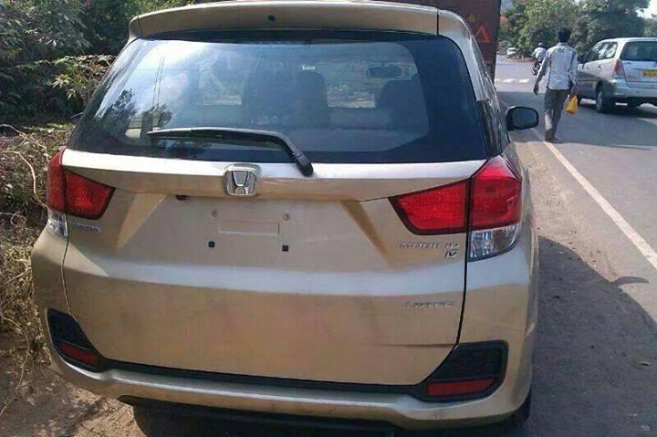 Honda-Mobilio-MPV-Pic-India-rear