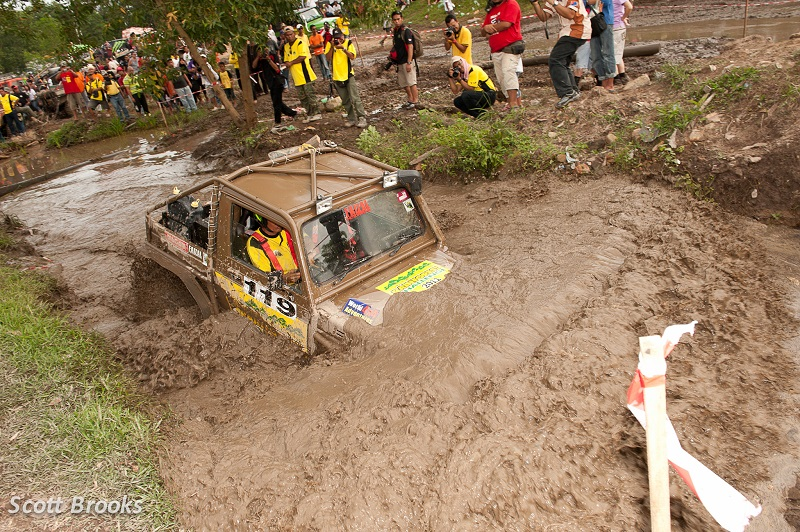 Malaysian-Rainforest-challenge (1)