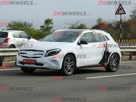 Mercedes-GLA-Crossover-India-Spy-Pics (1)