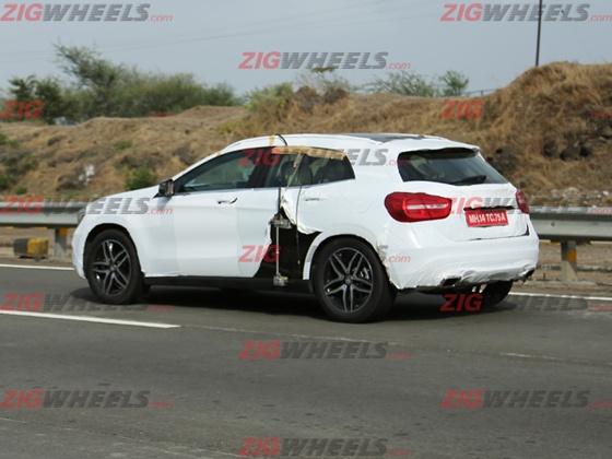 Mercedes-GLA-Crossover-India-Spy-Pics (3)