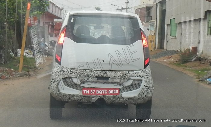 Tata-Nano-Twist-Openable-hatch-spied (1)