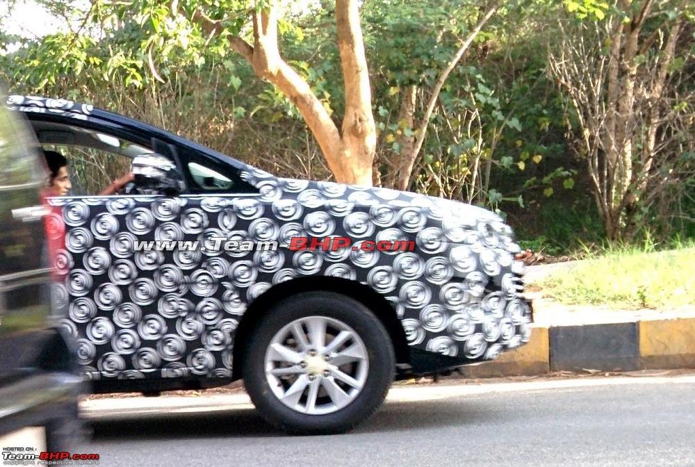 New-2015-Toyota-Innova-spy-pic-front