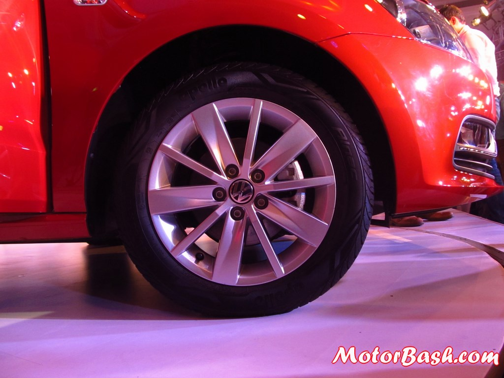 New-Polo-alloy-wheel