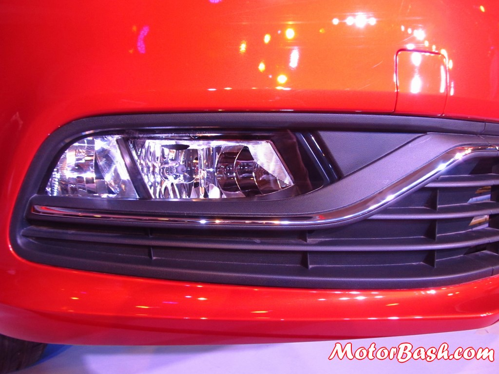 New-Polo-fog-lamps