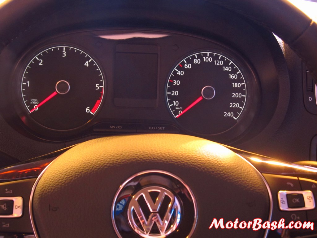 New-Polo-instrument-cluster