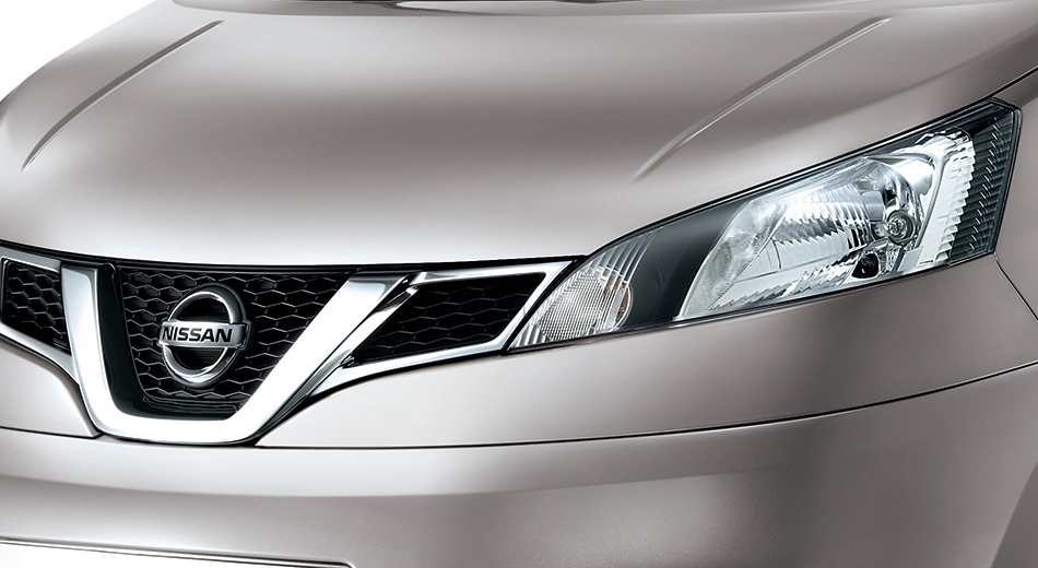 New-Updated-Nissan-Evalia-front