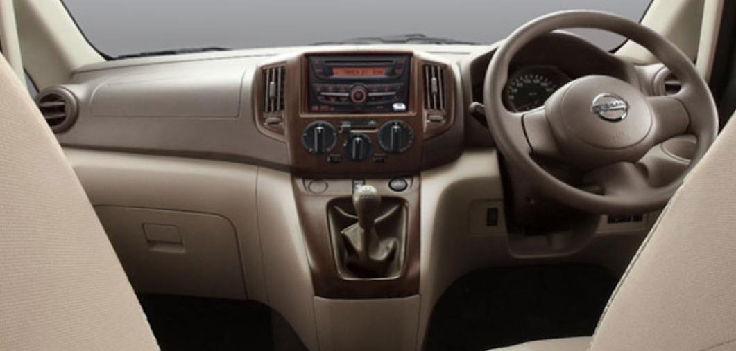 New-Updated-Nissan-Evalia-interiors