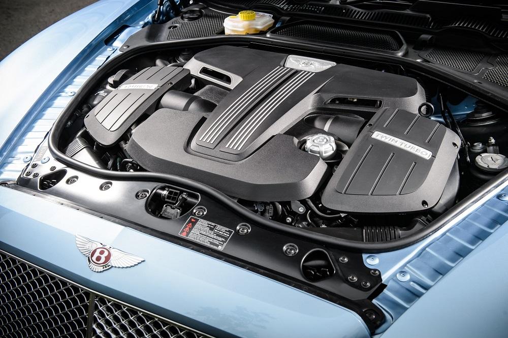 Bentley-Flying-Spur-V8-Pics-Engine