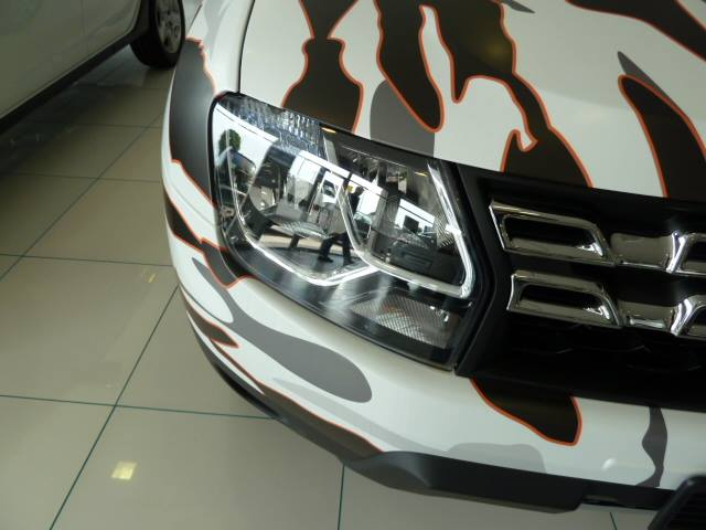 Duster-Brave-Limited-Edition--Pics-headlamp