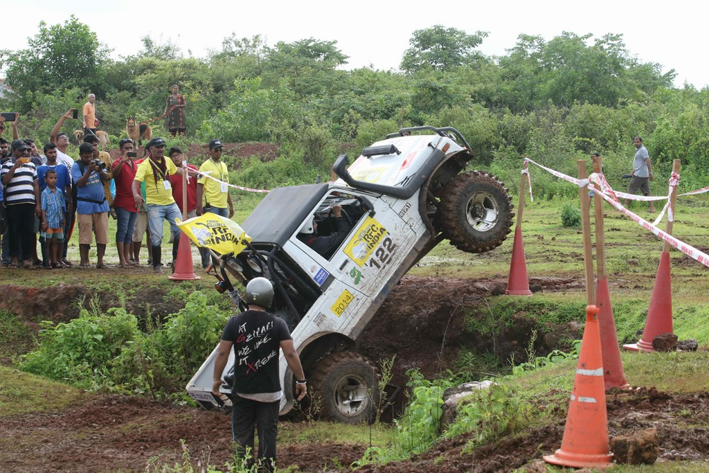 Force-Gurkha-RFC-2014-Off-Road-Pics (31)