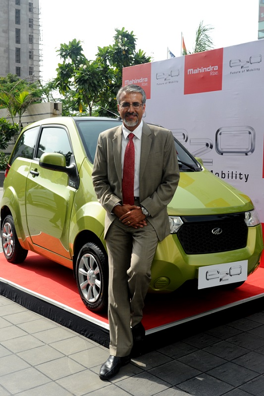 Mahindra-e2o-electric-premium-power-steering (2)
