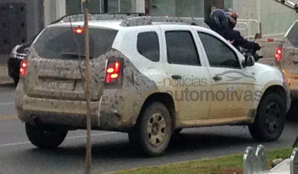 Renault-Duster-Facelift-Spy-Pics-Brazil (2)