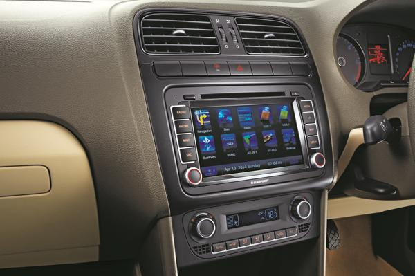 Volkswagen-Vento-Konekt-Pic-Center-Console