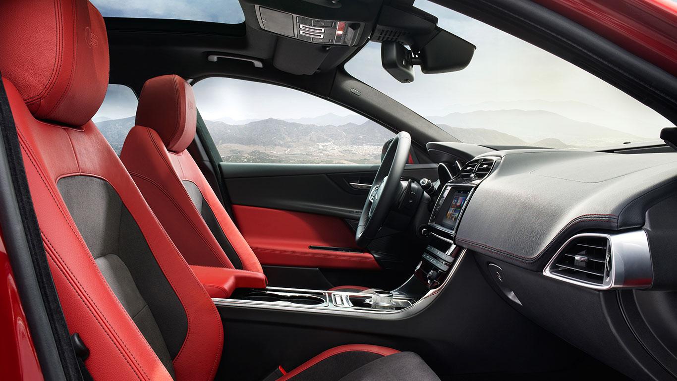 Jaguar-XE-S-Pic-Interior