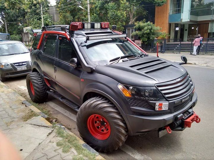 Modified-XUV-500-Pics (2)