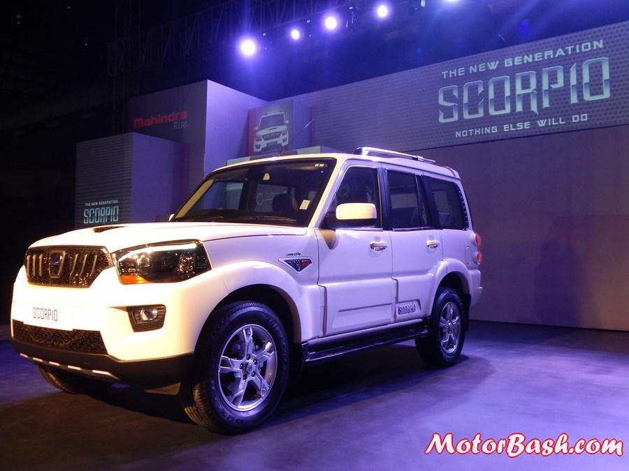 New-Mahindra-Scorpio-Facelift-Pics (2)