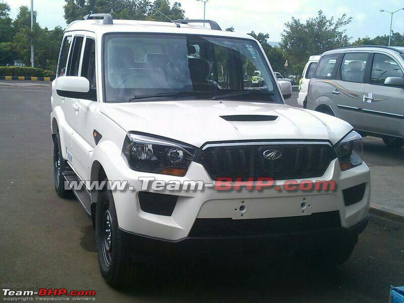 New-Mahindra-Scorpio-facelift-spy-pic-front