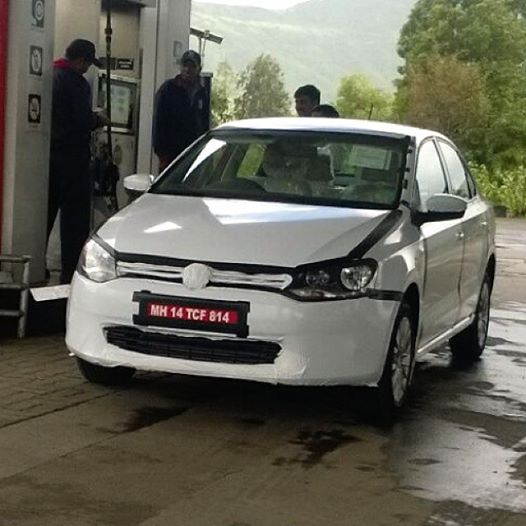 New-VW-Vento-Facelift-Spy-Pic-DSG-TDI