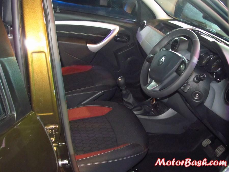 Renault-Duster-AWD-4X4-Pics-interiors
