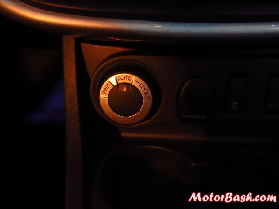 Renault-Duster-AWD-4X4-Pics-knob