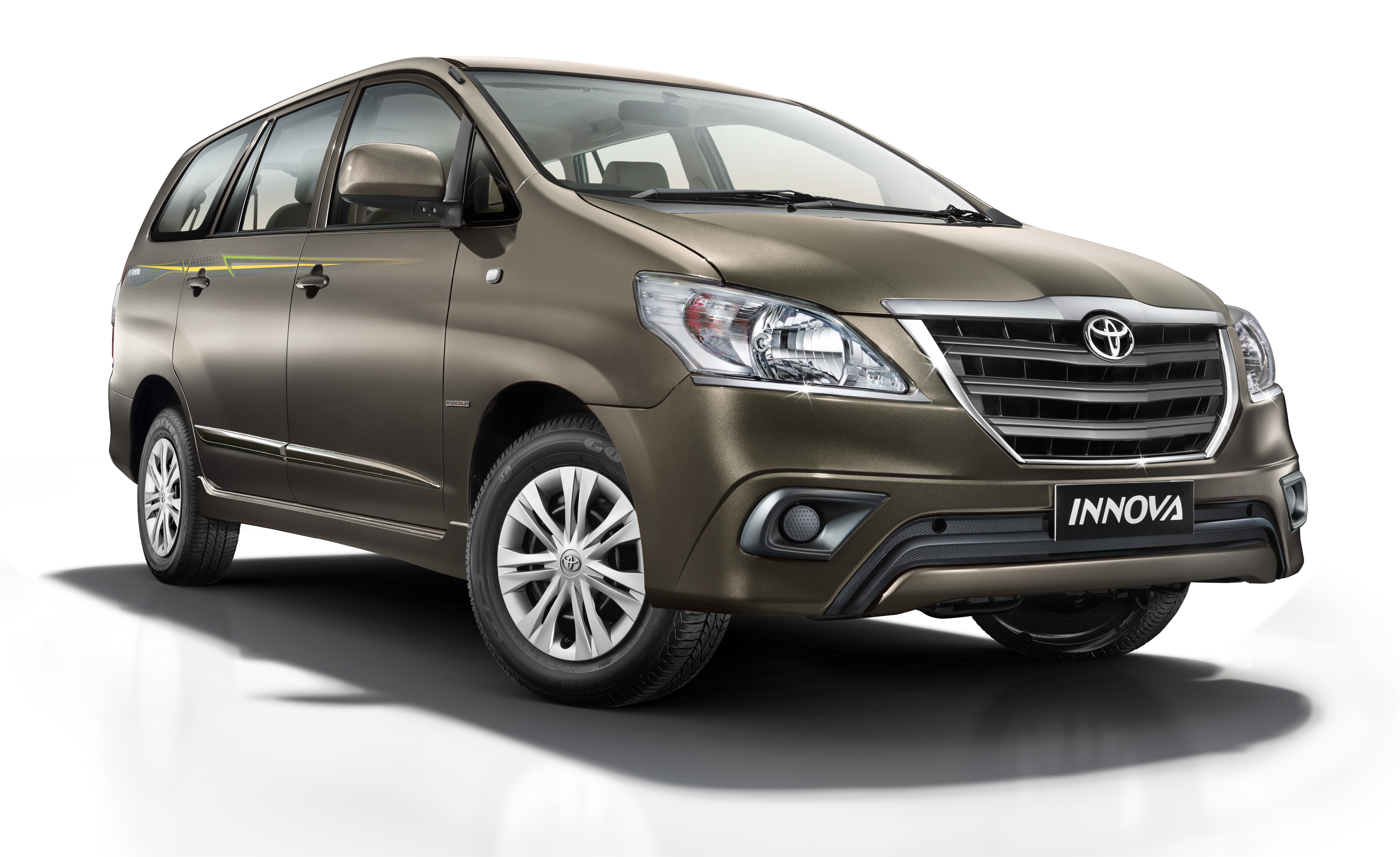 New 2014 Toyota Innova Limited Edition Launched at Rs 12.9 Lakhs; Gets ...